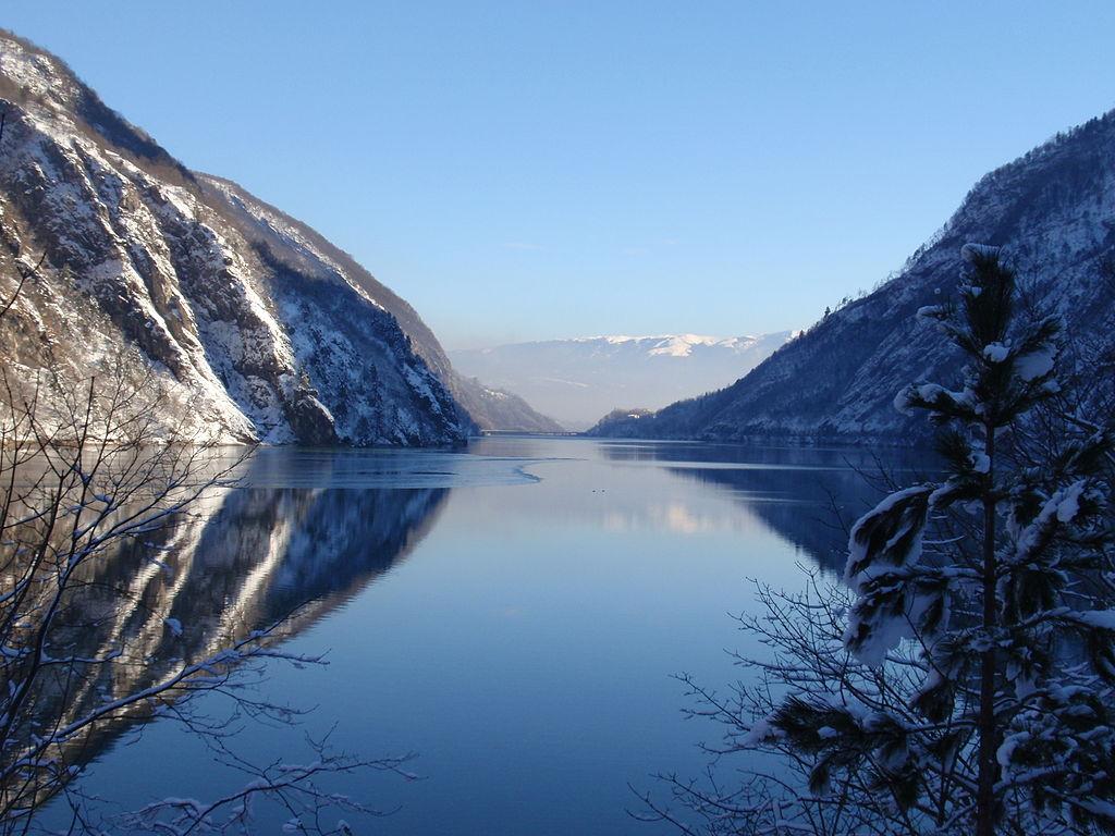 Lago del Mis in inverno